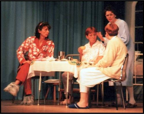 1999 De dames van zaal 6-2