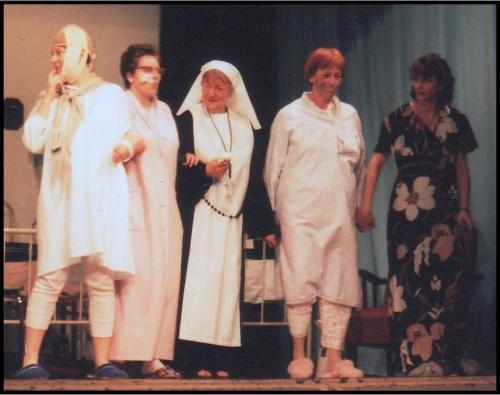 1999 De dames van zaal 6-5